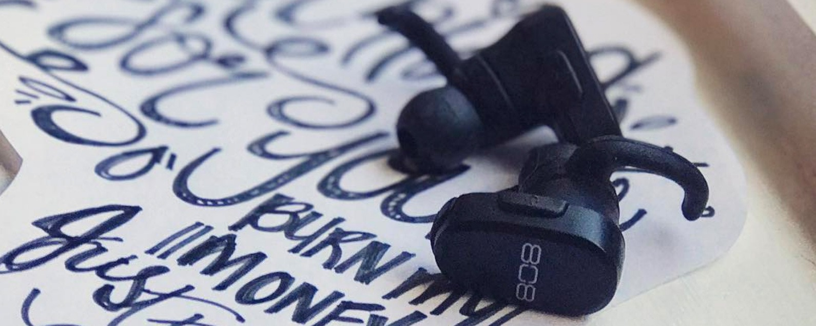 af51c7979aa Review: 808 Audio's Earcanz Tru Wireless Bluetooth Earbuds ...