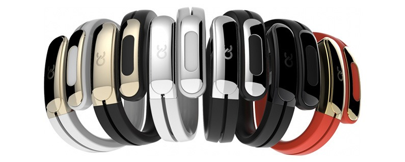 Review: The Helix Cuff Lets You Carry Your Wireless Bluetooth Earbuds on Your Wrist