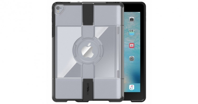 uniVERSE iPad