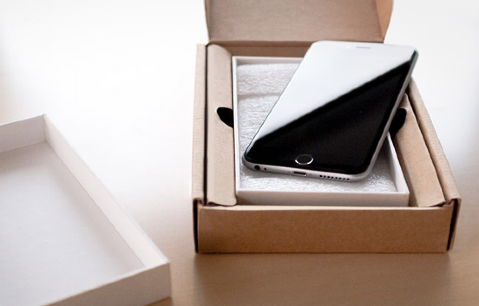 Insurance for your iPhone: Is It Worth It? | iPhoneLife com