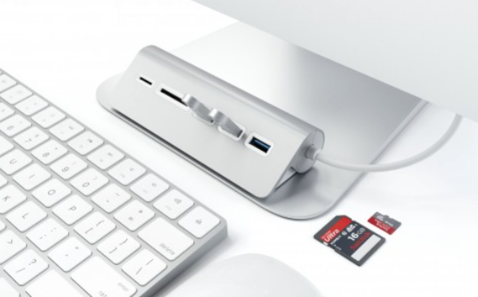 Review: Satechi Card Reader Hub Adds Back the SD Card Reader