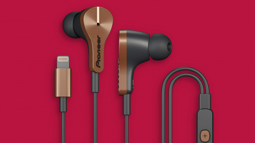 Review: Wired Noise-Canceling Earbuds with a Lightning