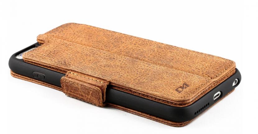 Doc Artisan wallet case