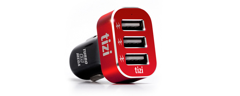 Review: Power the Whole Family with This 5-Port Car Charger